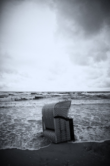 stranded_bw